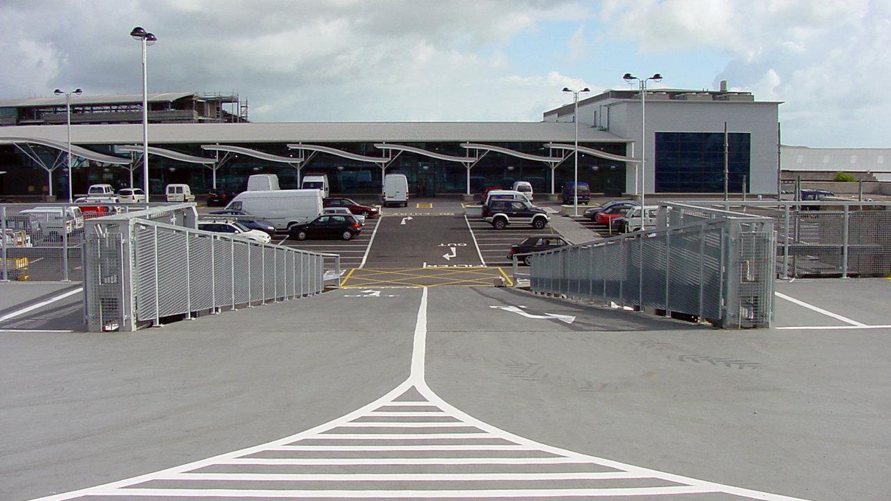 Steel Framed Multi-Storey Car Park Design, Parking Lot Construction