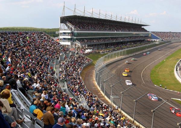 rockingham motor speedway grandstand