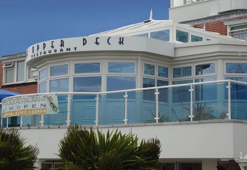 Commercial buildings leisure buildings leisure clubs - The grange hotel restaurant ...